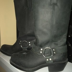 Shoes - Square Toe Harness Boot